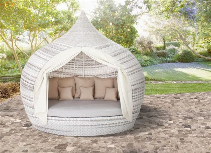 Superieur Outdoor Day Beds