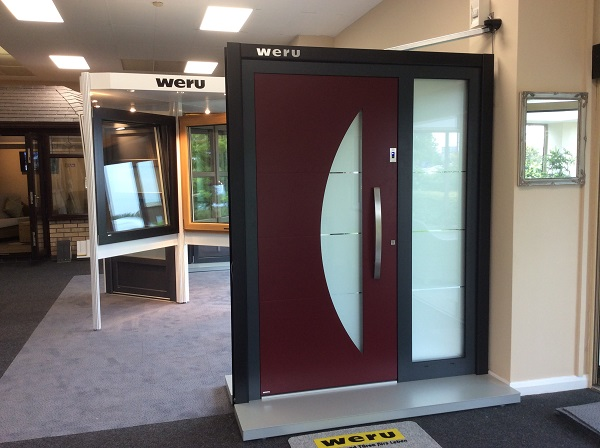 Weru Door & Side Panel
